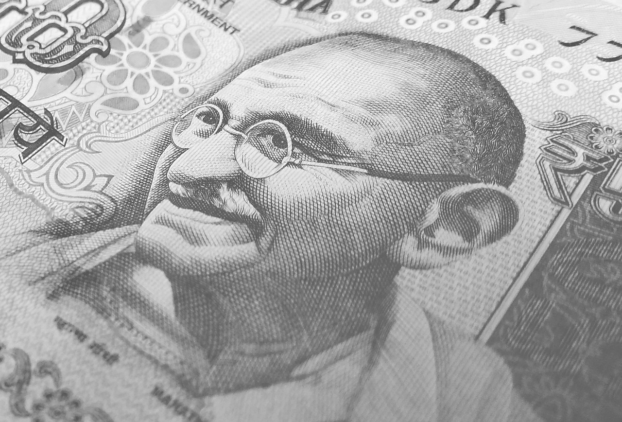 RBI Halts Printing of 2000 Rupee Notes; 200 Rupees Notes to Follow?
