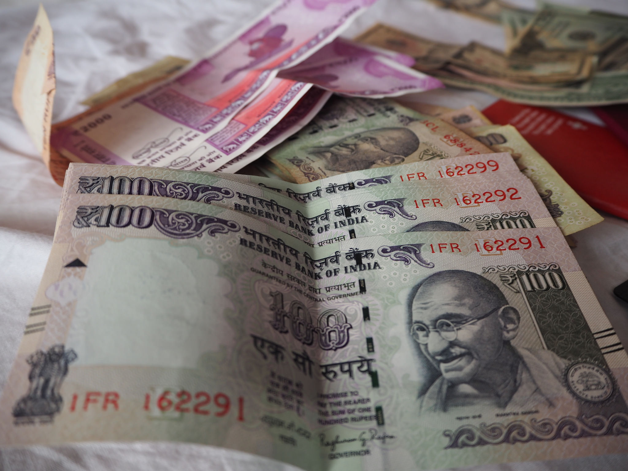 RBI to print new Rs 100 currency notes?