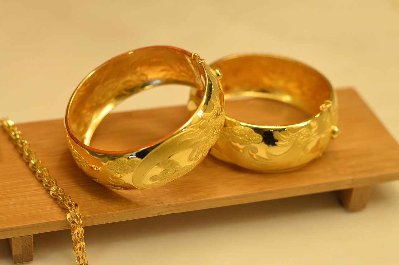 Gold Demand Surges with Diwali, Long Recession Ends?